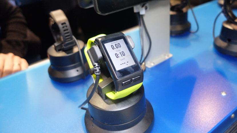 Garmin Vivoactive HR, nuevo reloj monitorizador con detección automática de actividad y GPS, Imagen 1