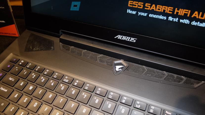 Gigabyte actualiza su potente portátil AORUS X7 con los procesadores Core i7-7820HK y pantalla 4K, Imagen 1