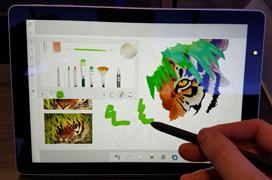 Samsung apunta a la Surface de Microsoft con su Galaxy Book con Windows 10