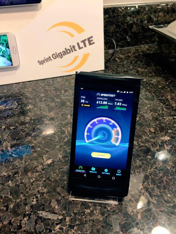 Motorola deja ver un smartphone con Snapdragon 835 y Gigabit LTE, Imagen 1