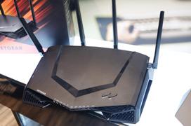 NetGear Nighthawk XR500 Gaming Router con DumaOS