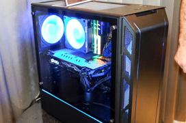 Iluminación RGB configurable y cristal templado  en la semitorre Phanteks Eclipse P350X