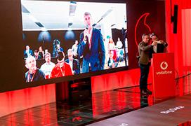 Huawei y Vodafone realizan, en España, la primera videollamada 5G del mundo