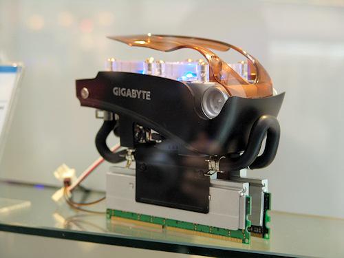 Cebit. Refrigeración por agua para memorias de Gigabyte, Imagen 1