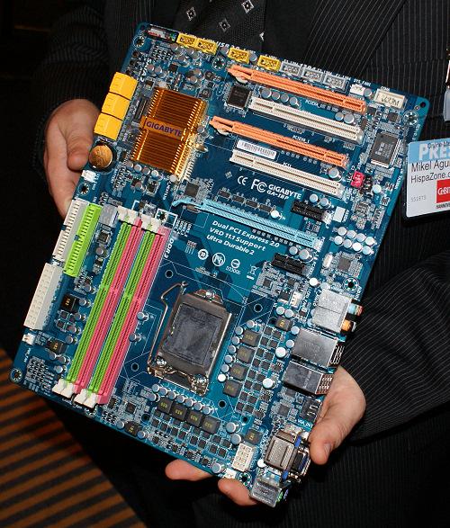 Cebit 2009: Gigabyte nos muestra su prototipo de placa P55, Imagen 1