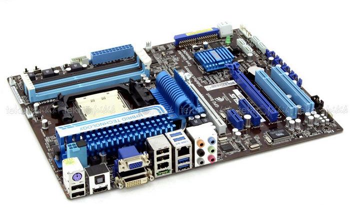 ASUS descubre su nueva placa con chipset 890GX, Imagen 1