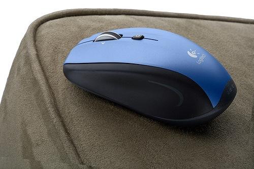 Logitech M515 para navegar cómodamente en el sofá, Imagen 1