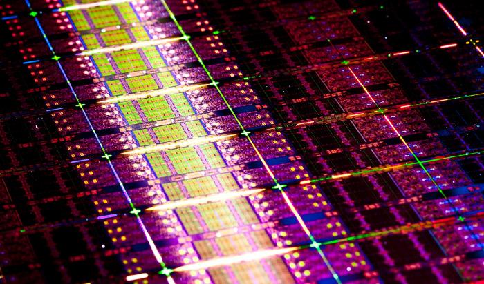 Nuevas series E7 y E3-1200 de procesadores Xeon de Intel, Imagen 1