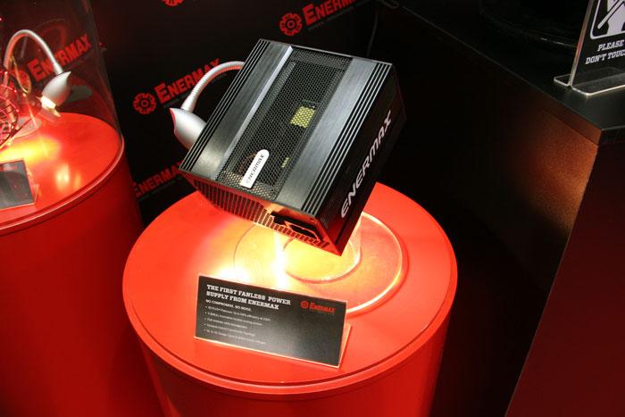 CeBIT 2013. Enermax muestra una fuente pasiva 80 PLUS Platinum, Imagen 1