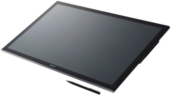Sharp también presenta un monitor de 32 pulgadas con resolución 4K y panel IGZO, Imagen 2