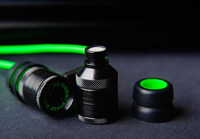 Auriculares Hammerhead, Razer se suma a los auriculares in-ear para jugadores, Imagen 3