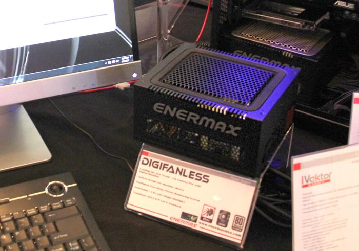 Enermax presenta su primera fuente digital y con refrigeración pasiva, Imagen 1