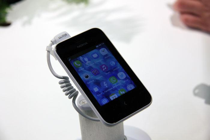 Nokia Asha 230, Imagen 1