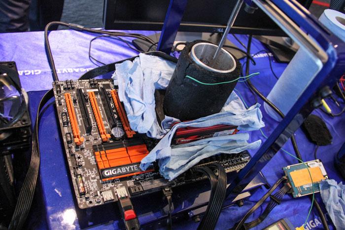 Gigabyte y Kingston HyperX baten el récord mundial de overclock de memoria DDR3, Imagen 1