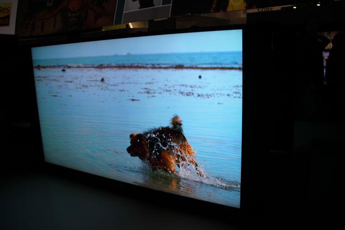 Sony reduce a la mínima expresión el grosor de su pantalla 4K con 4,9 mm, Imagen 1