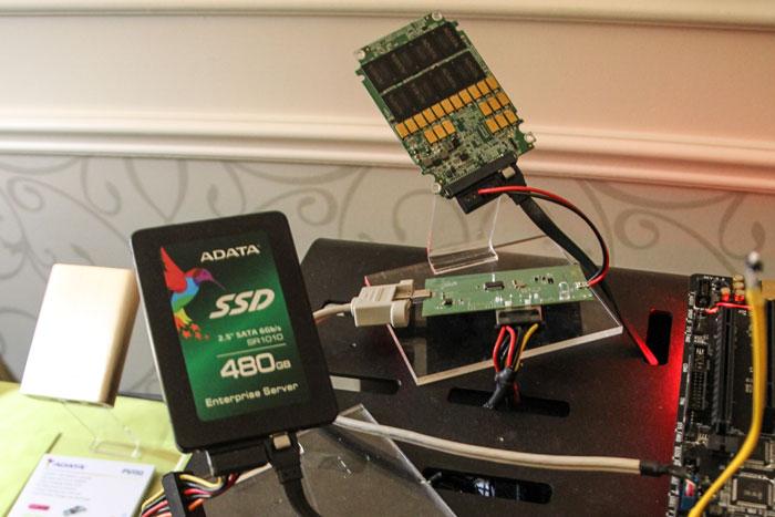 ADATA muestra el SSD empresarial SR1010, Imagen 2
