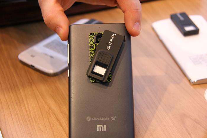 Nurugo Virdi, un lector de huellas para smartphones, Imagen 1