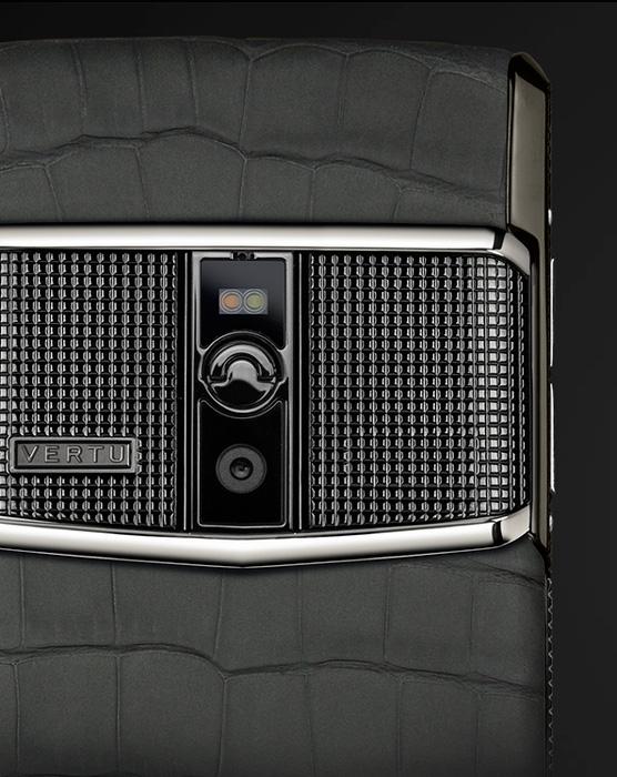 Vertu lanza el Signature Touch, hasta 17,900 Euros por un móvil de lujo, Imagen 2
