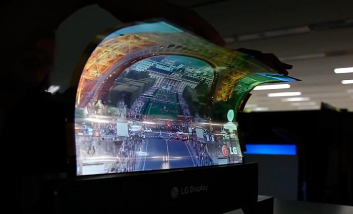 LG muestra una pantalla OLED de 18 pulgadas completamente flexible, Imagen 1