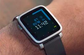 Fitbit mantendrá los servicios de Pebble al menos durante un año más