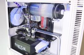 Fractal Design nos enseña sus torres compactas Nano S con equipos gaming