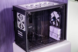¡Regalamos una torre exclusiva Fractal Design Define Nano S personalizada por Bill Owen!