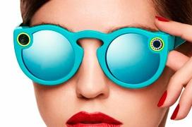 Snapchat pasa a llamarse Snap y lanza unas gafas con cámaras integradas