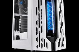 Nueva torre DeepCool Genome II con refrigeración líquida integrada