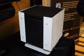 Este pequeño ordenador pasivo con GTX 1060 y Kaby Lake es la ultima creación de Supermicro y Calyos