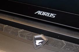 Gigabyte actualiza su potente portátil AORUS X7 con los procesadores Core i7-7820HK y pantalla 4K