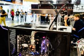 Der8auer junto a Caseking deleitan con una refrigeración de cambio de fase para todos los públicos