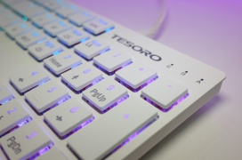 Tesoro estrena dos nuevos teclados para jugadores en su stand de la Computex