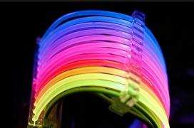 El cable RGB de Lian Li sale a la venta a un desproporcionado precio de 41 euros
