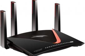 El Router Netgear Nighthawk Pro Gaming XR700 cuenta con WiFi AD y puerto 10GbE