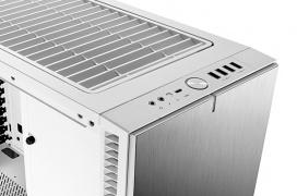 Fractal Design añade numerosos componentes de la Define R6 para personalizar enormemente la caja