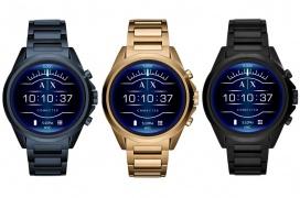 Armani lanza su primer smartwatch con Wear OS con resistencia a inmersiones de 30 metros