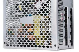 SilverStone NightJar NJ600, 600W de potencia sin ventiladores y con eficiencia 80 PLUS TITANIUM