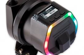 La bomba de RL Aqua Computer D5 Next integra luces RGB, pantalla OLED y un controlador para ventiladores