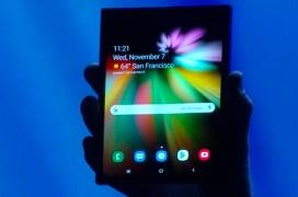 El primer móvil con pantalla plegable de Samsung es ya una realidad
