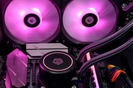 ID-Cooling anuncia su refrigeración líquida AiO AuraFlow X240 con RGB y radiador doble por 79.99 Euros