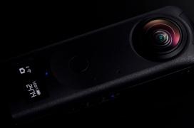 Doble sensor de 1 pulgada en la cámara de 360º Ricoh Theta Z1