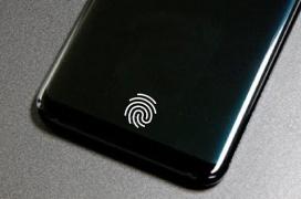 Aparece un nuevo bug en los Galaxy S10 que hace encenderse la pantalla por culpa del sensor de huellas