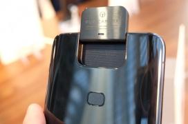 El Zenfone 6 sorprende con un Snapdragon 855, cámara giratoria de 48 MP y una batería de 5.000 mAh por tan solo 499 Euros