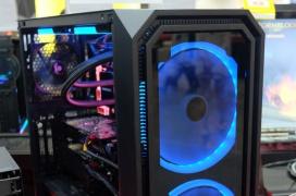 Con las nuevas cajas de Enermax podremos instalar incluso placas base E-ATX o intercambiar el diseño del frontal