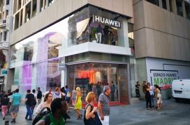 Huawei abre su primera tienda oficial en España con 1000 metros cuadrados en plena Gran Vía de Madrid
