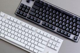 Diseño tenkeyless, switches Cherry MX Red y precio asequible en el nuevo G.Skill KM360