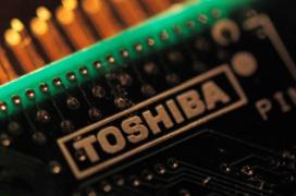 Toshiba tiene en desarrollo memorias PLC de cinco niveles que ayudarán a fabricar unidades más económicas