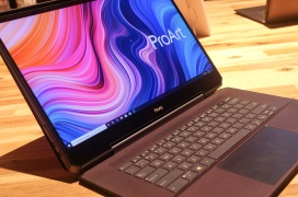El portátil ASUS ProArt StudioBook One combina la potente NVIDIA Quadro RTX 6000 con un Core i9 y 64 GB de RAM bajo una pantalla 4K de 120 Hz