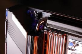 Primeras imágenes de la placa base Gigabyte TRX40 Aorus Extreme para Threadripper 3000 con un espectacular sistema de alimentación
