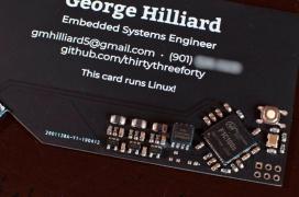 Estas tarjetas de visita integran un pequeño PC capaz de ejecutar Linux